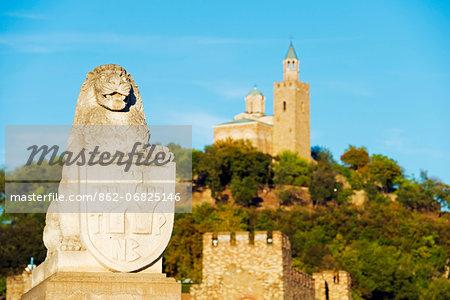 Europe, Bulgaria, Veliko Tarnovo, Tsarevets Fortress, lion statue