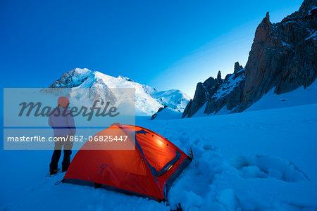 Europe, France, Haute Savoie, Rhone Alps, Chamonix Valley, camping beneath Mont Blanc (4810m); (MR)