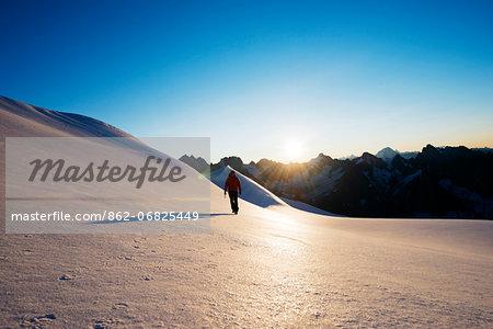 Europe, France, Haute Savoie, Rhone Alps, Chamonix Valley, glacier walking in Vallee Blanche (MR)