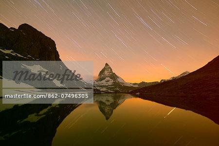 Europe, Valais, Swiss Alps, Switzerland, Zermatt, The Matterhorn (4478m), Rifelsee lake