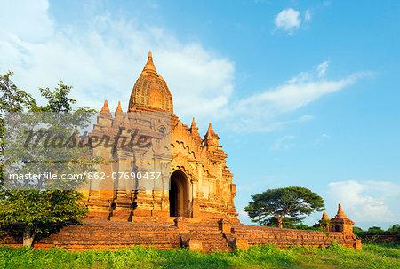 South East Asia, Myanmar, Bagan, temple on Bagan plain