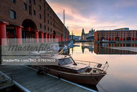 Europe, United Kingom, England, Lancashire, Liverpool, Albert Dock