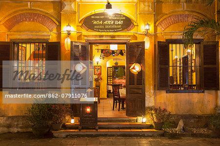 Restaurant at night, Hoi An (UNESCO World Heritage Site), Quang Ham, Vietnam