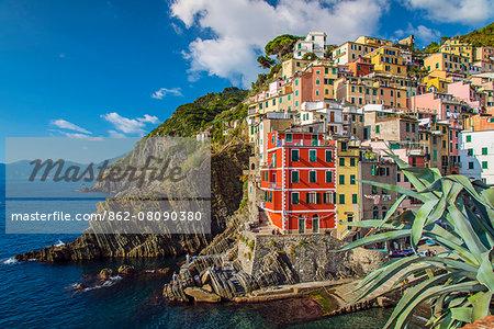 The colorful sea village of Riomaggiore, Cinque Terre, Liguria, Italy