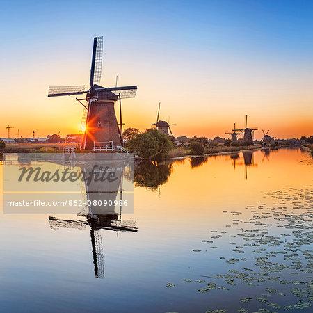 Netherlands, South Holland, Kinderdijk. Windmills