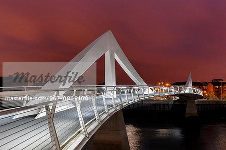 Europe, Scotland, Glasgow, Tradeston Bridge