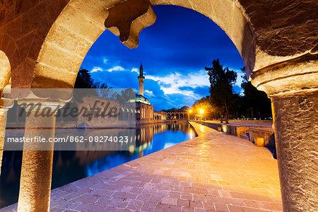 Turkey, Eastern Anatolia, Sanliurfa   Urfa, Golbasi, Balikli Gol sacred carp pool, Rizvaniye Mosque