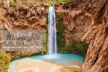 Mooney Falls, Havasupai Indian Reservation, Grand Canyon, Arizona, USA