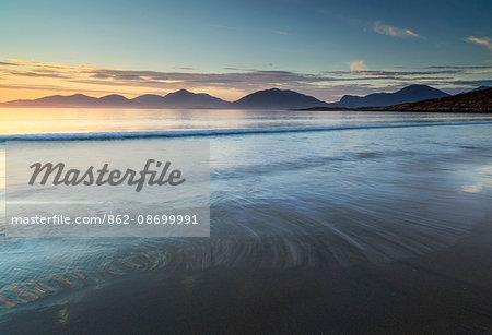 Scotland, Western Isles, Isle of Harris. Luskentyre Sands at dusk.