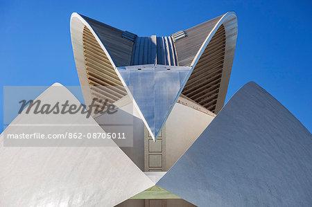 Architectural Roof detail of the El Palau de les Arts Reina Sofía, Opera House , part of the Ciutat de les Arts i les Ciencies complex designed by the Architect / Engineer Santiago Calatrava Valls, located in Fuenta de San Luis, Valencia, Comunidad Valenciana, Spain.