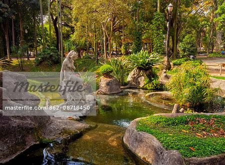 Brazil, State of Sao Paulo, City of Sao Paulo, View of the Jardim da Luz.