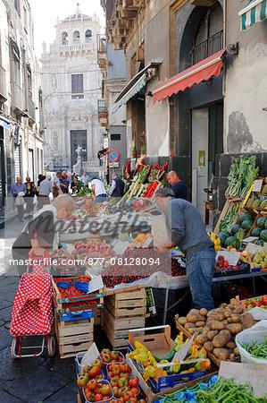 Italy, Sicily, province of Catania, Acireale, market and San Sebastiano basilica and collegiat church