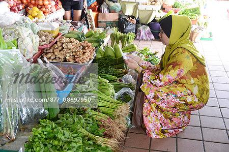 South-East Asia, Malaysia, Borneo, Sabah, Kota Kinabalu, fruit and vegetable market