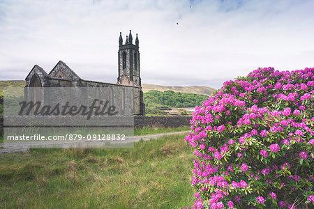 Dunlewy (Dunlewey) Old Church, Poisoned Glen, County Donegal, Ulster region, Ireland, Europe.