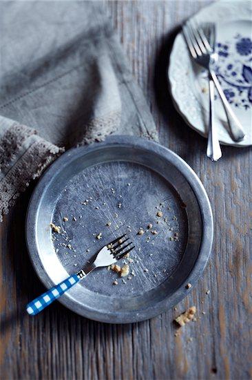 Empty Pie Plate Stock Photo - Premium Royalty-Free, Artist: Jodi Pudge, Image code: 600-06059786