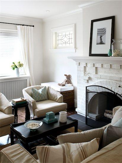 Home Interior, Living Room, Toronto, Ontario, Canada Stock Photo - Premium Royalty-Free, Artist: Mark Burstyn, Image code: 600-06935029