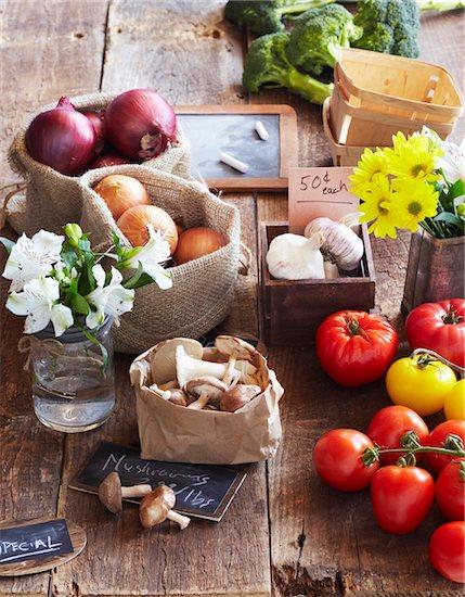 Farmers Market Vegetables for Sale, Toronto, Ontario, Canada Stock Photo - Premium Royalty-Free, Artist: Jodi Pudge, Image code: 600-06935023