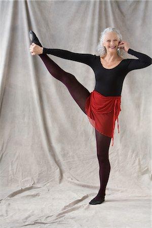 Mature women in tights pics