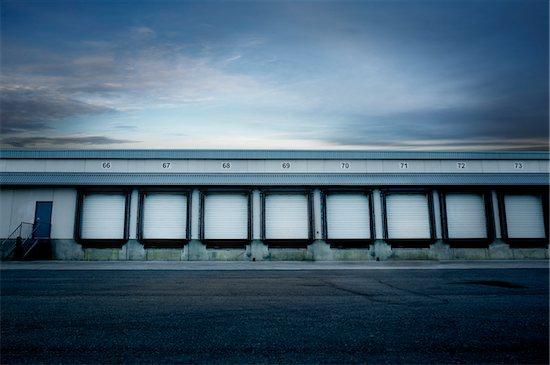 Empty Loading Dock, Mississauga, Ontario, Canada Stock Photo - Premium Royalty-Free, Artist: Philip Rostron, Image code: 600-03849758