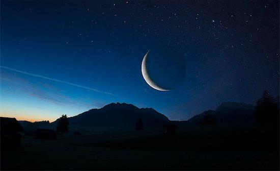 Lunar eclipse, Karwendel, Bavaria, Germany Stock Photo - Premium Royalty-Free, Image code: 614-08876946