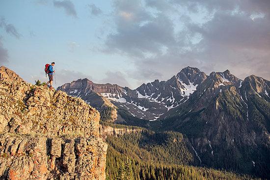 Man hiking, Mount Sneffels, Ouray, Colorado, USA Stock Photo - Premium Royalty-Free, Image code: 614-09183190