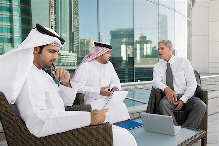 Dubai Business Man Intalnire