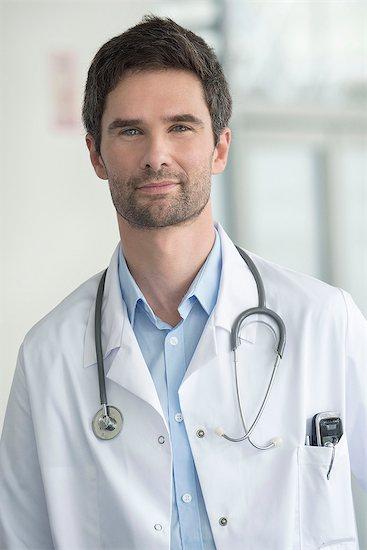 Doctor, portrait Stock Photo - Premium Royalty-Free, Image code: 632-08129772