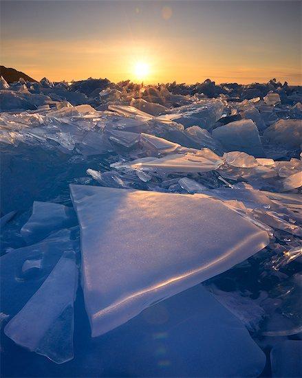 Stacked broken ice at sunset, Baikal Lake, Olkhon Island, Siberia, Russia Stock Photo - Premium Royalty-Free, Image code: 649-08661139