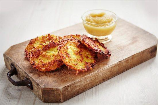Potato röstis with apple puree Stock Photo - Premium Royalty-Free, Image code: 659-07027535