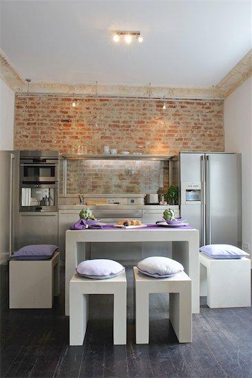 Modern open plan kitchen Stock Photo - Premium Royalty-Free, Image code: 689-05611790