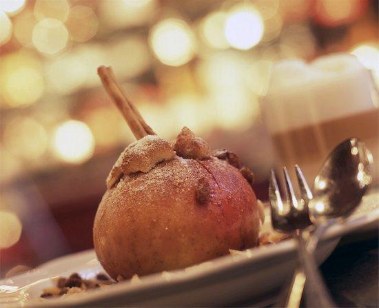 Roast apple Stock Photo - Premium Royalty-Free, Image code: 689-05612667