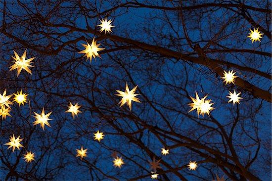 Christmas Lights, Cologne Neumarkt, Cologne, Germany Stock Photo - Premium Rights-Managed, Artist: Matt Brasier, Image code: 700-05756233