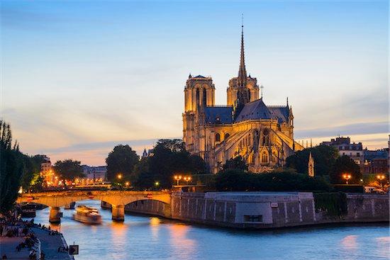 Notre Dame at Dusk, Ile de la Cite. Paris, Ile-de-France, France Stock Photo - Premium Rights-Managed, Artist: Siephoto, Image code: 700-08559860