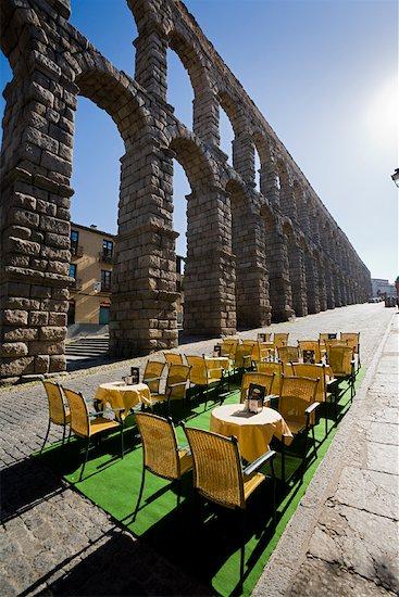 Aqueduct of Segovia, Segovia, Segovia Province, Castilla y Leon, Spain Stock Photo - Premium Rights-Managed, Artist: R. Ian Lloyd, Image code: 700-01879776