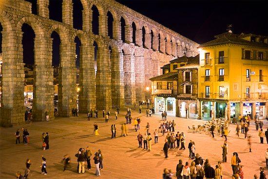 Aqueduct of Segovia, Segovia, Segovia Province, Castilla y Leon, Spain Stock Photo - Premium Rights-Managed, Artist: R. Ian Lloyd, Image code: 700-01879785
