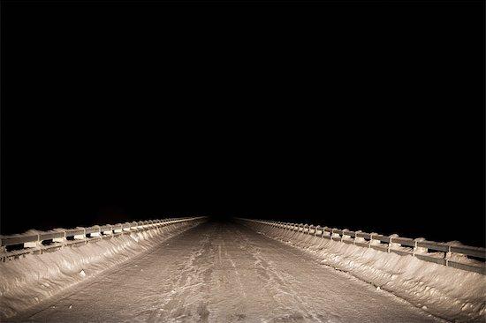 Snow Covered Bridge at Night, Prince George, British Columbia, Canada Stock Photo - Premium Rights-Managed, Artist: Grant Harder, Image code: 700-03075795