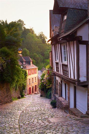 Half Timber Houses at Dawn, Dinan, Ille-et-Vilaine, Brittany, France Stock Photo - Premium Rights-Managed, Artist: Tim Hurst, Image code: 700-03152907