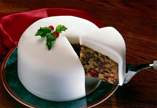 Christmas Cake Stock Photo - Premium Rights-Managed, Artist: foodanddrinkphotos, Image code: 824-02889638