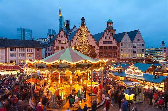 Christmas Market in Romerberg, Frankfurt, Germany, Europe Stock Photo - Premium Rights-Managed, Artist: robertharding, Image code: 841-08101722