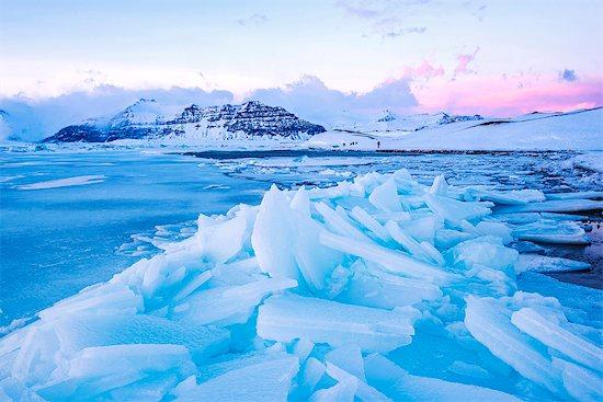 Jokulsarlon glacier lagoon, Iceland, Europe. Blocks of ice in the frozen lagoon on a winter sunset. Stock Photo - Premium Rights-Managed, Artist: AWL Images, Image code: 862-08699326